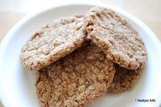 Grymt goda kanelhavrekakor / Looovely cinnamon oats cookies / Viktväktarna / Weight watchers / smartpoints A Food, Food And Drink, Swedish Recipes, Fika, No Bake Desserts, Cake Cookies, Baking Recipes, Bakery, Sweets