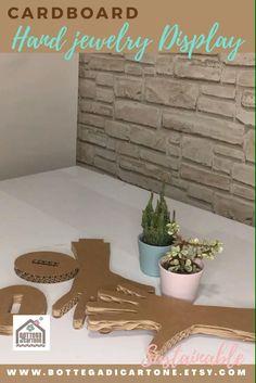 Jewelry Display Stands, Jewellery Display, Jewelry Stand, Shoe Display, Cardboard Display, Cardboard Crafts, Cardboard Recycling, Bracelet Display, Craft Show Displays