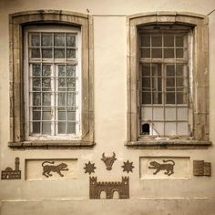 #wall #windows #patterns #textures #creatures #objects #reflections #time #mood #geniusloci #baku #une_hirondelle by une_hirondelle1 #wall #windows #patterns #textures #creatures #objects #reflections #time #mood #geniusloci #baku #une_hirondelle