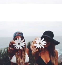 photos to do with a bff 🌊🐚 Tumblr Bff, Tumblr Girls, Goals Tumblr, Friend Tumblr, Shooting Photo Amis, Best Friend Fotos, Best Friend Pics, Best Friend Photography, Photography Ideas