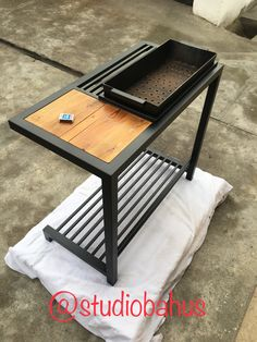 Iron Furniture, Steel Furniture, Industrial Furniture, Barbecue Design, Grill Design, Metal Projects, Welding Projects, Rocket Stove Design, Best Camping Stove