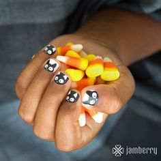 Double, double toil and trouble! This frisky Mixed Mani will get you in the spirit of halloween in no time. Don't let the Double Trouble Jamberry black cats cross your path and don't step on any cracks. www.alohajam.jamberrynails.net