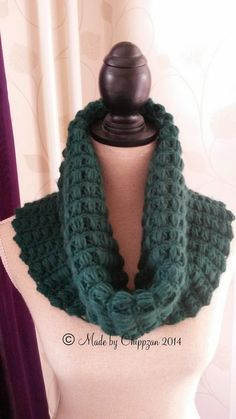 Made by Chippzan: Virkad krage i puffmaskor - gratis mönster How To Wear, Inspiration, Blogg, Crochet Things, Cowls, Crocheting, Gloves, Fashion, Ponchos