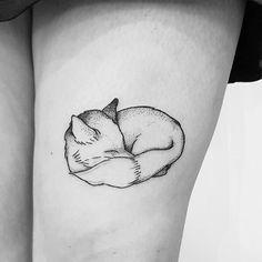 Fuchs für meine liebe @dori.pauli #germantattooers #blackwork #blackworktattoo #tattoohamburg #tattooart #inktober2017 #apprenticetattoo #wannado #inkedgirls #hamburg #illustration #dotwork #linework #tattooflash #flash #inkaddict #inked #blackartsupport #allblack #tattoolove #blacktattooart #darkartists #TAOT #onlyblackart #blackworknow #foxtattoo #fox #tattoonow #blackworkillustrations