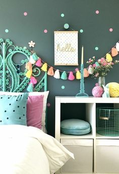 Interior for kids - Easy ways to inject colour into a child's interior space. Simple DIY ideas for teen and tween girls bedrooms. Interior for kids - Easy ways to inject colour into a child's interior space. Summer Bedroom, Warm Bedroom, Bedroom Green, Bedroom Sets, Dream Bedroom, Light Bedroom, Teenage Girl Bedrooms, Kid Bedrooms, Green Girls Bedrooms