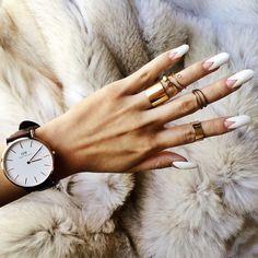 Nail design - almond shaped nails