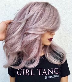 Hair Color And Cut, Cool Hair Color, Hair Colors, Lilac Hair, Ombre Hair, Silver Lavender Hair, Hair Shows, Hairstyles Haircuts, Formal Hairstyles