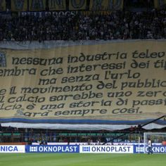 """Grognards: Inter-Napoli, striscione Curva Nord: """"Tv, senza ti..."""