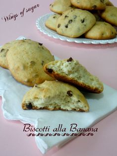 Biscotti alla banana con gocce di cioccolato wings of sugar- i biscotti alla banana sono morbidi e deliziosi arricchiti con gocce di cioccolato fondente