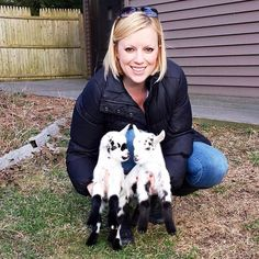 Meet Leanne Lauricella, a woman who quit her stressful job in the city to establish a sanctuary for baby goats! Recalling her days as a NY career woman, Leanne told Cosmopolitan: I had a great job... but the commute was awful, the stress level was high... I was feeling completely unfulfilled and I knew there had to be something more. Then one day in 2014 she visited a farm and fell in love with baby goats. Eventually, that lead to establishing Goats Of Anarchy.