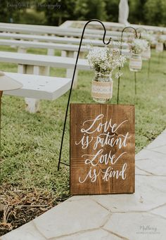 || Wooden Wedding Signs - Wedding Aisle Signs - 1 Corinthians Signs - Rustic Wedding Signs - Love is Patient Love is Kind || ♦ ♦ ♦ NOW READY TO SHIP IN 1 - 3 BUSINESS DAYS! ♦ ♦ ♦ Our signs are quality made and hand lettered with paint. No vinyl stickers or generic fonts are