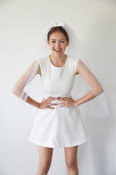 bb1f15242fe7 Bridal veil wedding fingertip length polka dots - Paulette