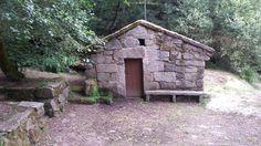 Paisaje ruta de los molinos de Carballeda de Avia Building A Cabin, Paths, Paisajes