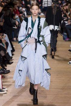 Sacai Autumn/Winter 2017 Ready to wear Collection | British Vogue