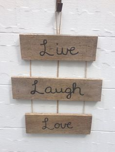 Wood Pallet Signs <3