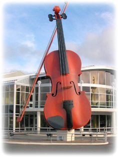 The World's Largest Fiddle Sydney, Nova  - This is for my Pop, who loves fiddle music! I would like to take him to see this.