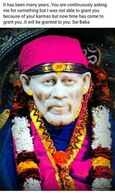 Om Sai Ram Sai Baba Pictures, God Pictures, Sai Baba Hd Wallpaper, Photo Wallpaper, Guru Nanak Ji, Indian Spirituality, Shirdi Sai Baba Wallpapers, I Love You God, Sai Baba Quotes