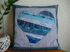 Kissen Hülle mit Herz von Nähwittchen auf DaWanda.com                                                                                                                                                                                 Mehr
