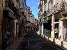 https://flic.kr/p/VuqWw6 | Bairro da Mouraria, Lisboa, Portugal.