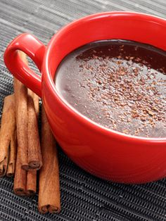 Chocolate quente com canela: 44 calorias
