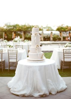The simplicity of the white wedding cakes, white billowy tablecloth and pale pink flowers Bali Wedding, Luxury Wedding, Destination Wedding, Seaside Wedding, Wedding Desserts, Wedding Cakes, Wedding Bells, Wedding Events, Used Wedding Dresses
