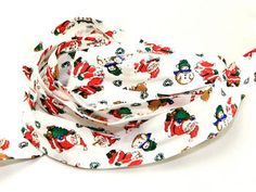 25mm wide Cotton Patterned Bias Binding White Christmas Print - 25 metre roll Preview
