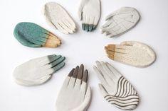 "kayeblegvad-ceramics: ""Circle of ceramic hands. Made by Kaye Blegvad. Diy Clay, Clay Crafts, Clay Earrings, Clay Jewelry, Ceramic Pottery, Ceramic Art, Ceramic Decor, Pottery Handbuilding, Clay Art Projects"