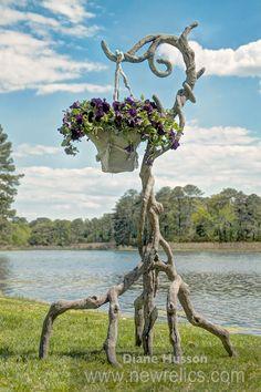 Concrete Faux Bois outdoor garden shepherd's hook by Sculptor Diane Husson Concrete Crafts, Concrete Art, Concrete Projects, Concrete Garden, Concrete Statues, Concrete Sculpture, Garden Sculpture, Concrete Furniture, Garden Structures