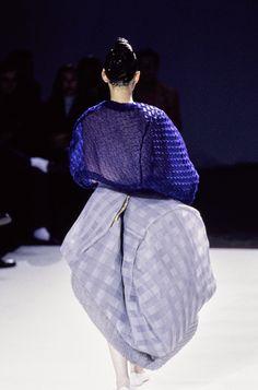 Comme des Garçons Spring 1997 Ready-to-Wear Collection Photos - Vogue