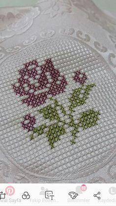 Butterfly Cross Stitch, Mini Cross Stitch, Cross Stitch Borders, Cross Stitch Rose, Cross Stitch Flowers, Cross Stitch Designs, Cross Stitching, Hand Embroidery Flowers, Bargello