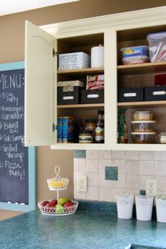 IHeart Organizing: Kitchen Cabinet Basket Bliss.. This blog has such easy fun organizing ideas. I love it.
