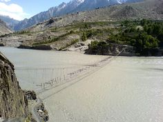 Hussani-borit el lago, Pakistán