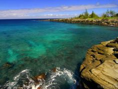 Napili Cliffs, Maui - Can't wait to be snorkeling here in 47 days... one of my favorite spots on the planet.