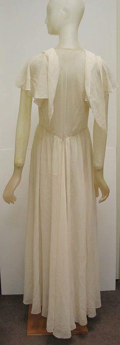 Nightgown Madeleine Vionnet  (French, Chilleurs-aux-Bois 1876–1975 Paris)  Date: ca. 1931 Culture: French Medium: silk. Back