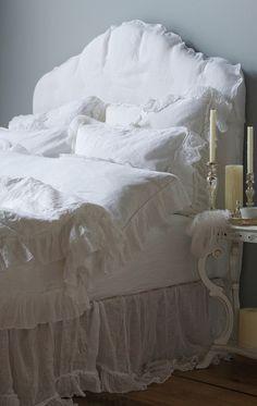 lookslikewhite - lookslikewhite Blog - Inspiration in White -Bedrooms!