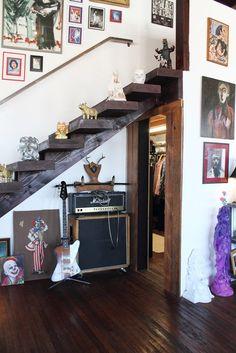 Design Star Antonio Ballatore's Downtown Loft: so fun/creepy