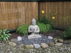 Top 10 Beautiful Zen Garden Ideas For Backyard If you're interested in how to make a Japanese garden, it can readily be completed in your backyard. A Japanese garden isn't an exercise in producing the most important and the ideal. Zen Rock Garden, Zen Garden Design, Garden Art, Yard Design, Landscape Design, Zen Design, Fence Garden, Garden Planters, Rockery Garden