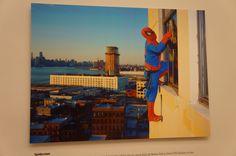 """Spiderman"", Dulce Pinzón ""Exposición: ""Trama centroamericana, una mirada colectiva a la migración"" #Madrid. #Fotogafía #Photography #PHE15 #PHOTOESPAÑA #Arterecord 2015 https://twitter.com/arterecord"
