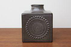 Upsala Ekeby ウプサラ エクビィ 一輪挿し花瓶 キューブ型