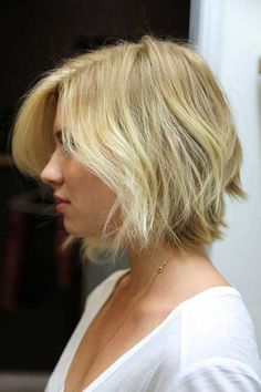 blonde bob haircut - A side-parted style with long layers is the perfect way to add texture and lift to fine hair. Read more: http://www.dailymakeover.com/trends/hair/fall-haircuts-2014/#ixzz3E0hEpDJK