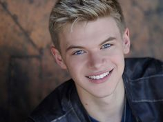 Henrik Arikon / Lightsaber Kenton Duty, R Man, The Sandlot, Ghostbusters, Apocalypse, My Eyes, Hollywood, Singer, Actors