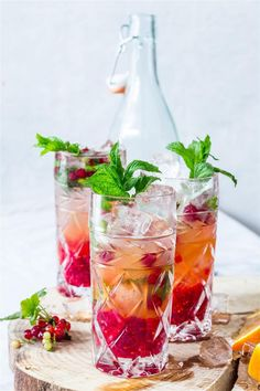 Red Currant, Orange & Mint Mojitos recipe | Use Your Noodles