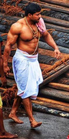 Indian Bodybuilder, Hunks Men, Fitness Photoshoot, Indian Man, Men Photography, Muscle Men, Muscle Hunks, Male Body, Gorgeous Men
