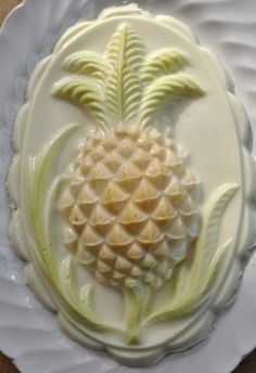 One of the most popular of Wedgewood's flummery moulds is this wonderful pineapple. The design was imitated by just about every other ceramic and copper mould manufacturer for the next hundred and thirty years.