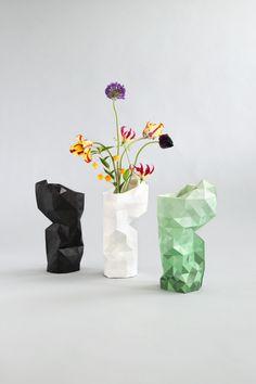 Paper Vase Cover van Pepe Heykoop