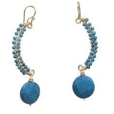 Aretes curvos envuelven con 84 de Bijoux de Luxe color