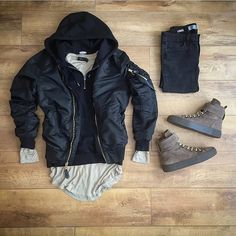 WEBSTA @ wdywt - or: by x for on-feet photos for outfit lay down photos Look Fashion, Urban Fashion, Mens Fashion, Fashion Outfits, Cool Outfits, Casual Outfits, Men Casual, Outfit Grid, Look Cool