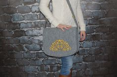 NEW lower price 30% OFF Felt Laptop bag 15 inch with by etoidesign