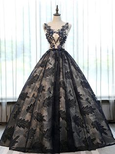 Material:Lace|Embellishments:Appliques,Beading,Lace