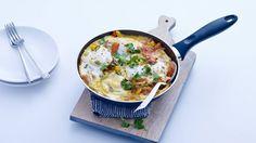 Yotam Ottolenghi's shakshuka (eieren in lichtpittige groenten)